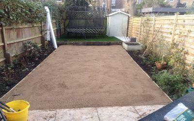 capa de arena para instalación de césped artificial