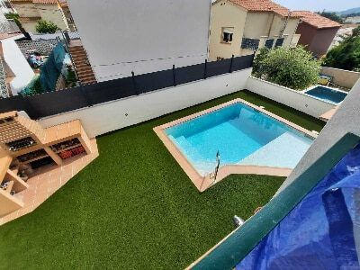 césped artificial Ottawa 35 mm jardin con piscina